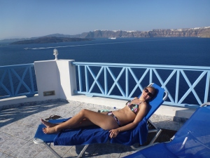 The pool at Blu Rooms, Santorini, Greece - The Wiringi's Family Travel Blog